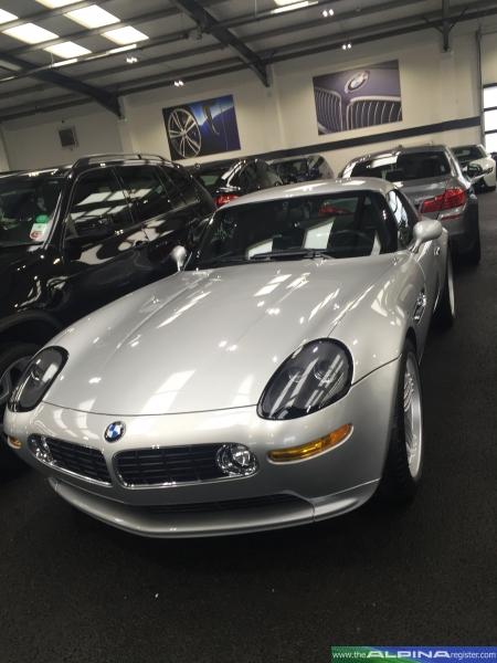 Silver Roadster V8