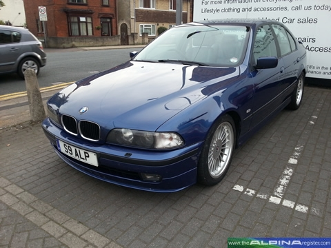 Blue B10 3.2 Saloon